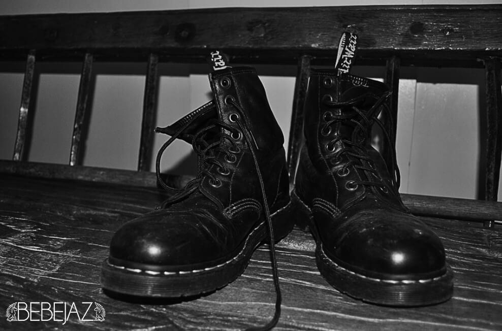 bebejaz_vintage-boots-black-white