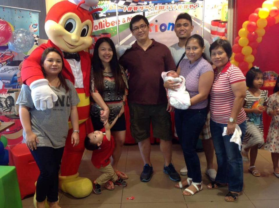 rion-tolentino-2nd-birthday-party-at-jollibee