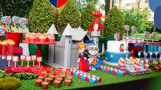 grama-sintetica-decoracao-mesa-festa-infantil
