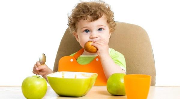 desenvolvimento do bebê de 1 ano e 10 meses