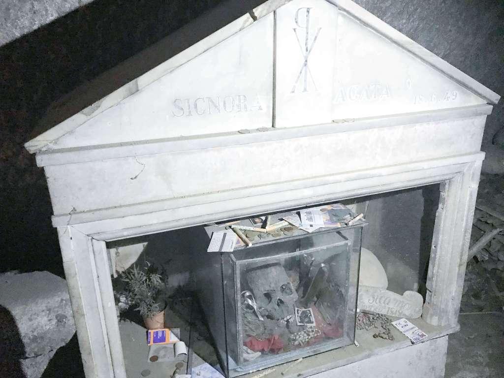 cimitero delle fontanelle 3