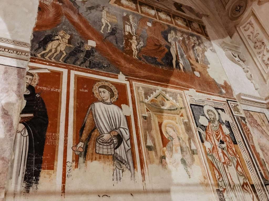 affresco del 13 secolo cattedrale di matera