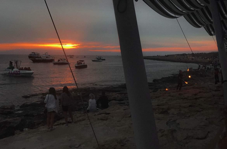 aperitivo al tramonto- baia sant antonio-tramonto