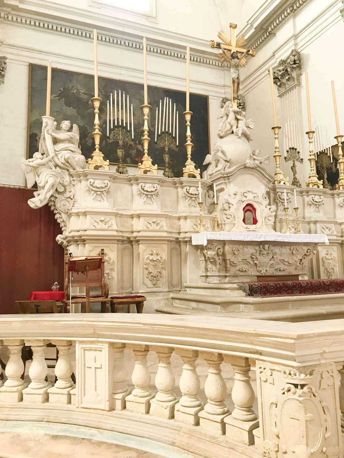 lecce-altare centrale