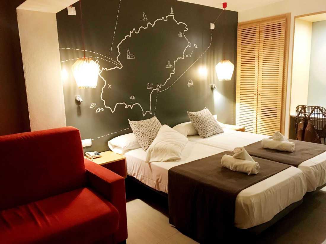 hotel Playasol cala tarida camera 1 -min