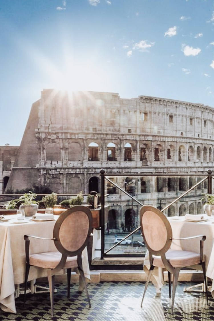 Luxury hotel in Rome with Colosseum view