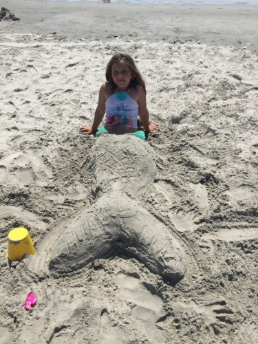 While we were on vacation we found a beautiful mermaid on the beach! :)