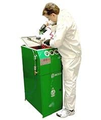 BECCA E300 Automatic Spray Gun Cleaner