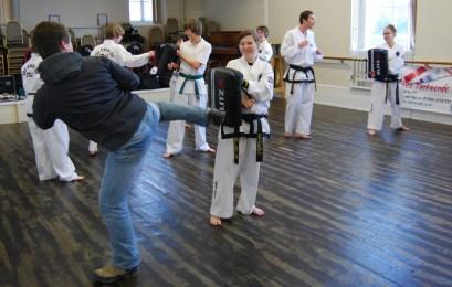 beccles-taekwondo-demo75
