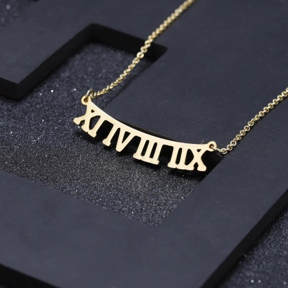Bar Necklace Roman Numerals Custom Nameplate Date Necklace Full Of Memories