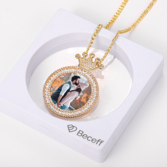Crown Photo Necklace For Family Love Christmas Gift Ideas Sparkling Crystal Iced Out Personalized Custom