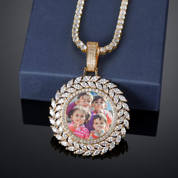 Momorable gift with customized photo round medallion solid back pendant necklace with tennis chain cubic zircon men
