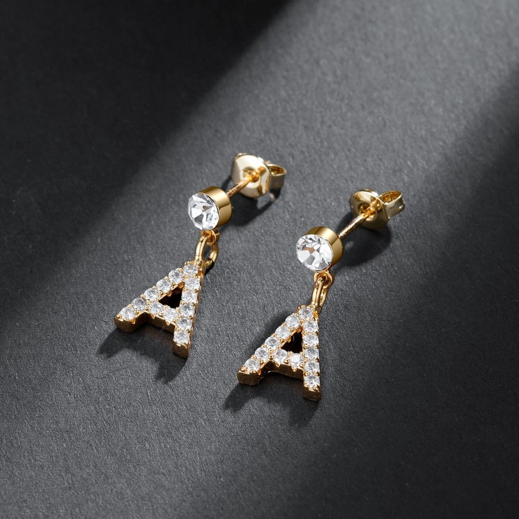 Iced Out Front Earlobe Stud English Custom Letter Initial Earring For Teenage Girls Simple Bling Jewelry For Women Casual Jewelry