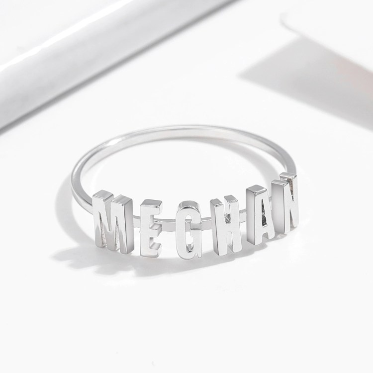 Personalized Separate English Letter Name Ring Shine Finger Wear Jewelry For Women