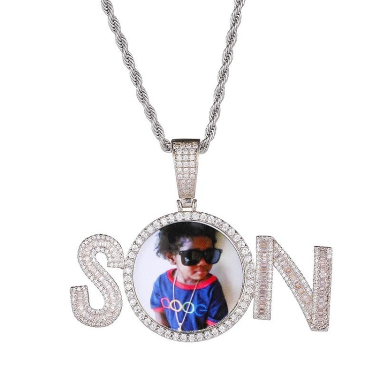 Gold Silver Rose Gold Custom Round Photo Frame Name Necklace Crystal Name Necklace With Cute Photo Frame For Women Casual Name Necklace With My Photo