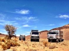 Allrad-Lkws und Land Rover Defender