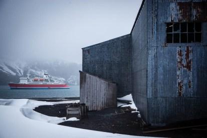 antarctica2015_whalersbay-15