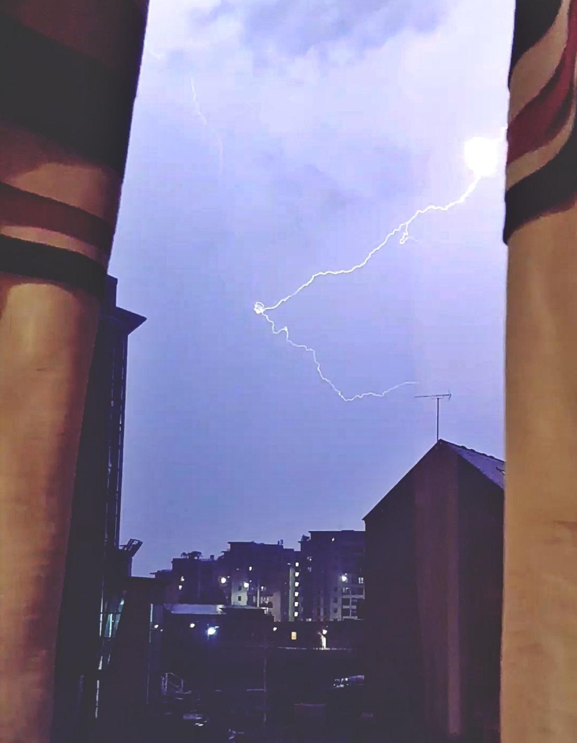 Lightning - April 2018 Monthly Recap by BeckyBecky Blogs