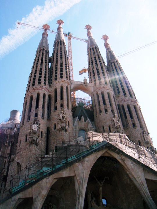 Sagrada Familia - Reminiscing about Barcelona by BeckyBecky Blogs