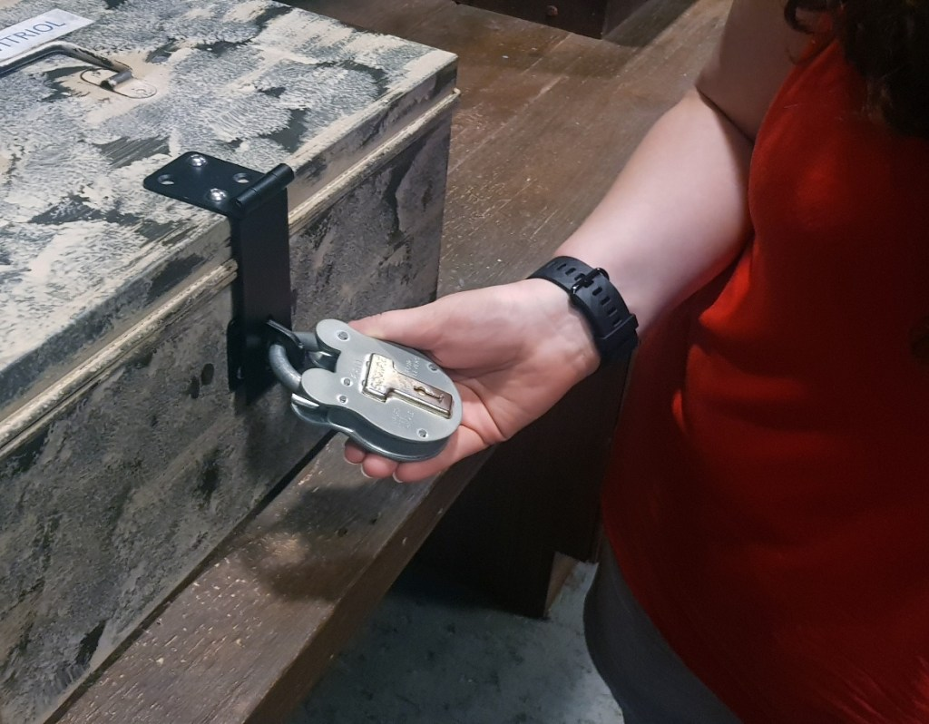 Padlock - Lightning in a Bottle by Kanyu Escape, Leeds escape room review by BeckyBecky Blogs