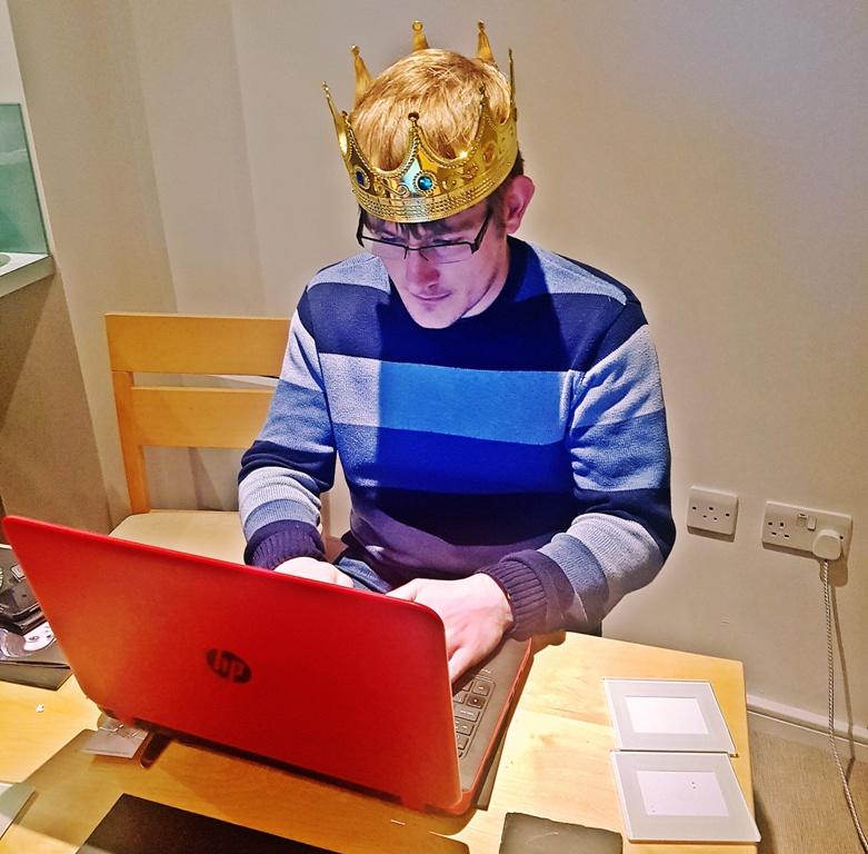 King Aerys - BeckyBecky Blogs