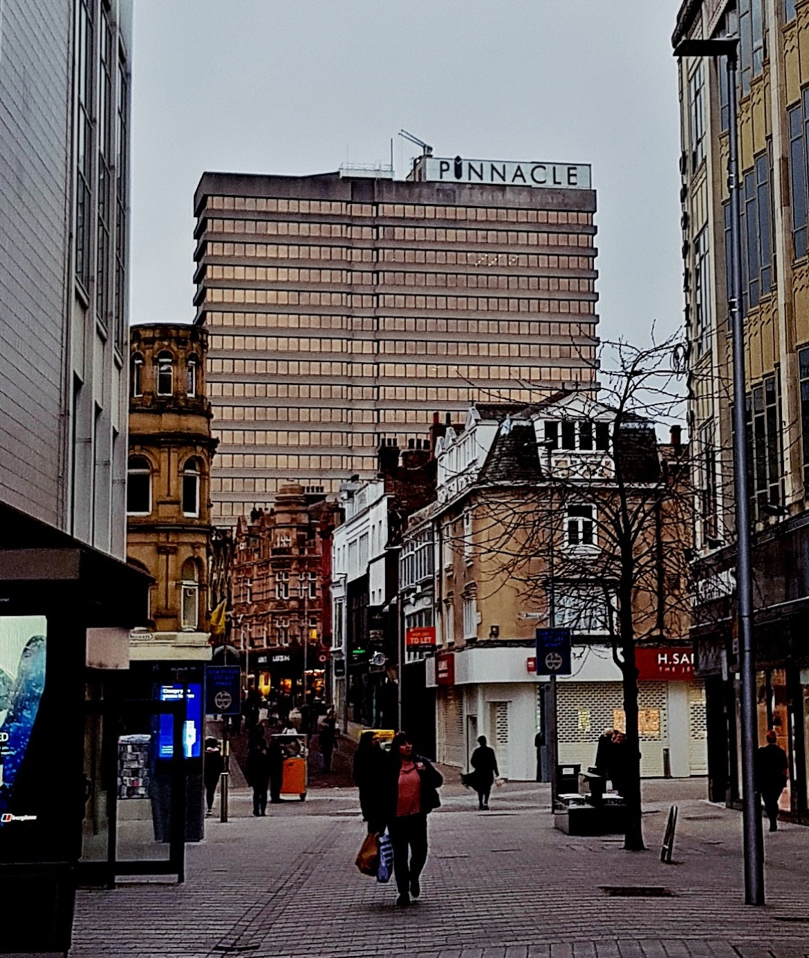 The Pinnacle Building - The Lucky Ones, immersive theatre experience by Riptide Leeds, review by BeckyBecky Blogs
