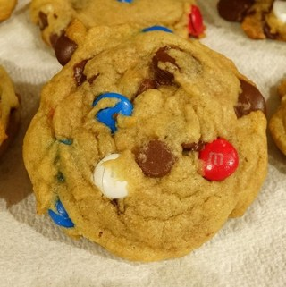 M & M, Chocolate Chip Cookies