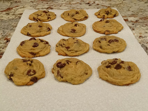amazing-chocolate-chip-cookies