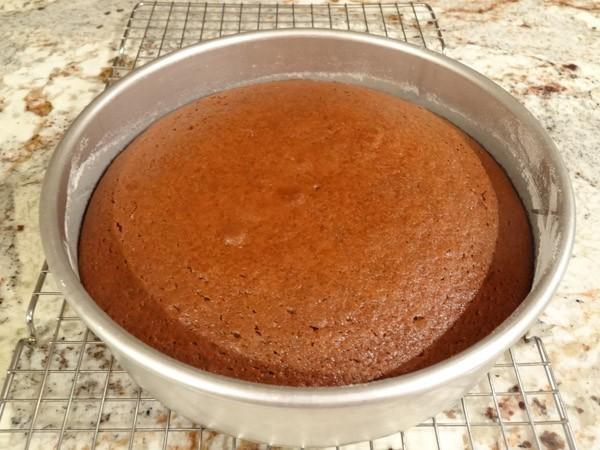 freshly baked red velvet cake