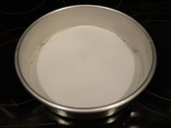 parchment lined pan
