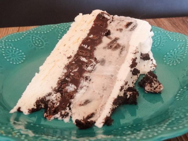 Oreo Cookies and Cream Ice Cream Cake