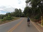 Rodovia do Café chegando em Araguaia.