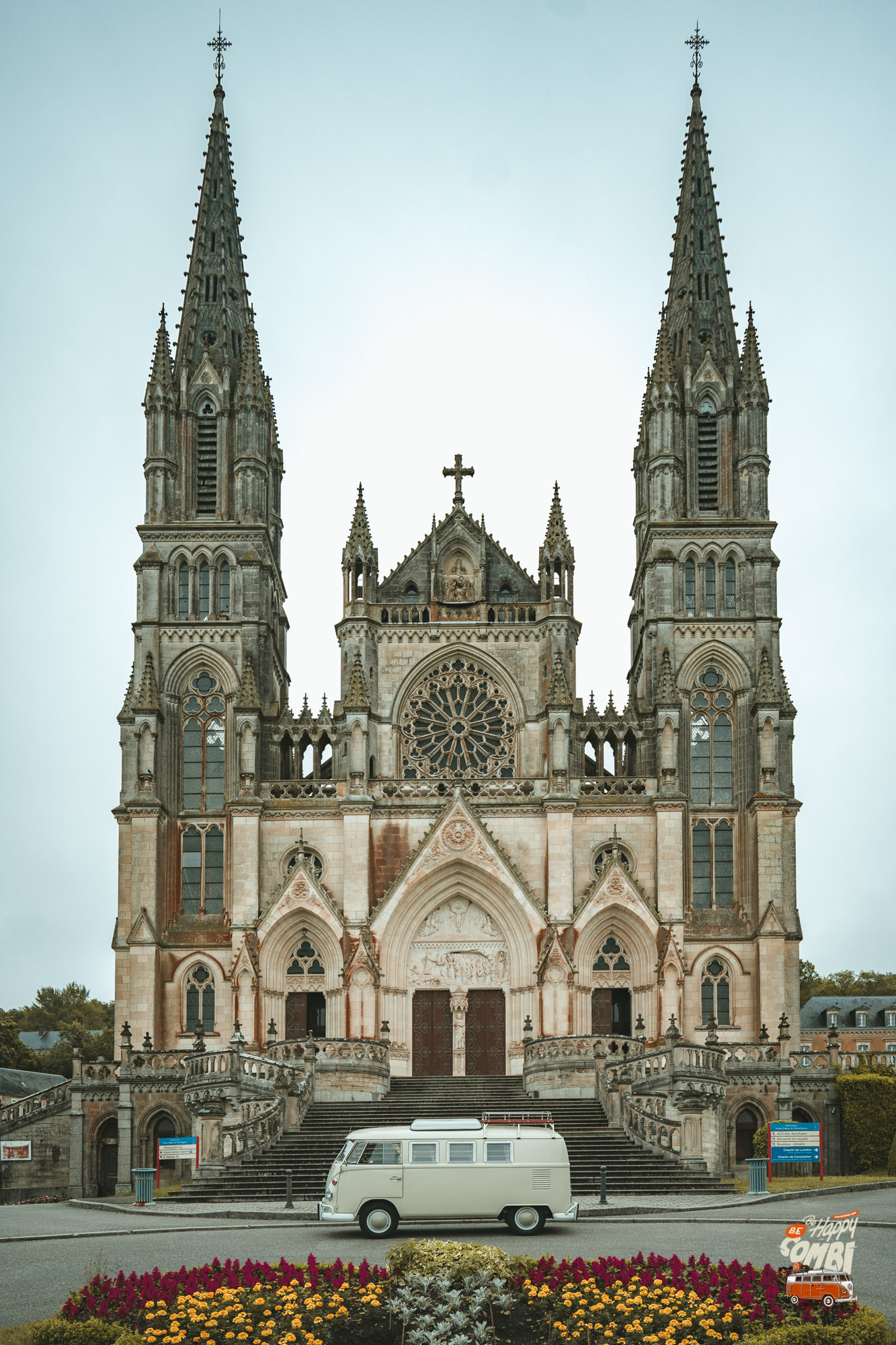 Visite de La Chapelle-Montligeon (61) - BeCombi