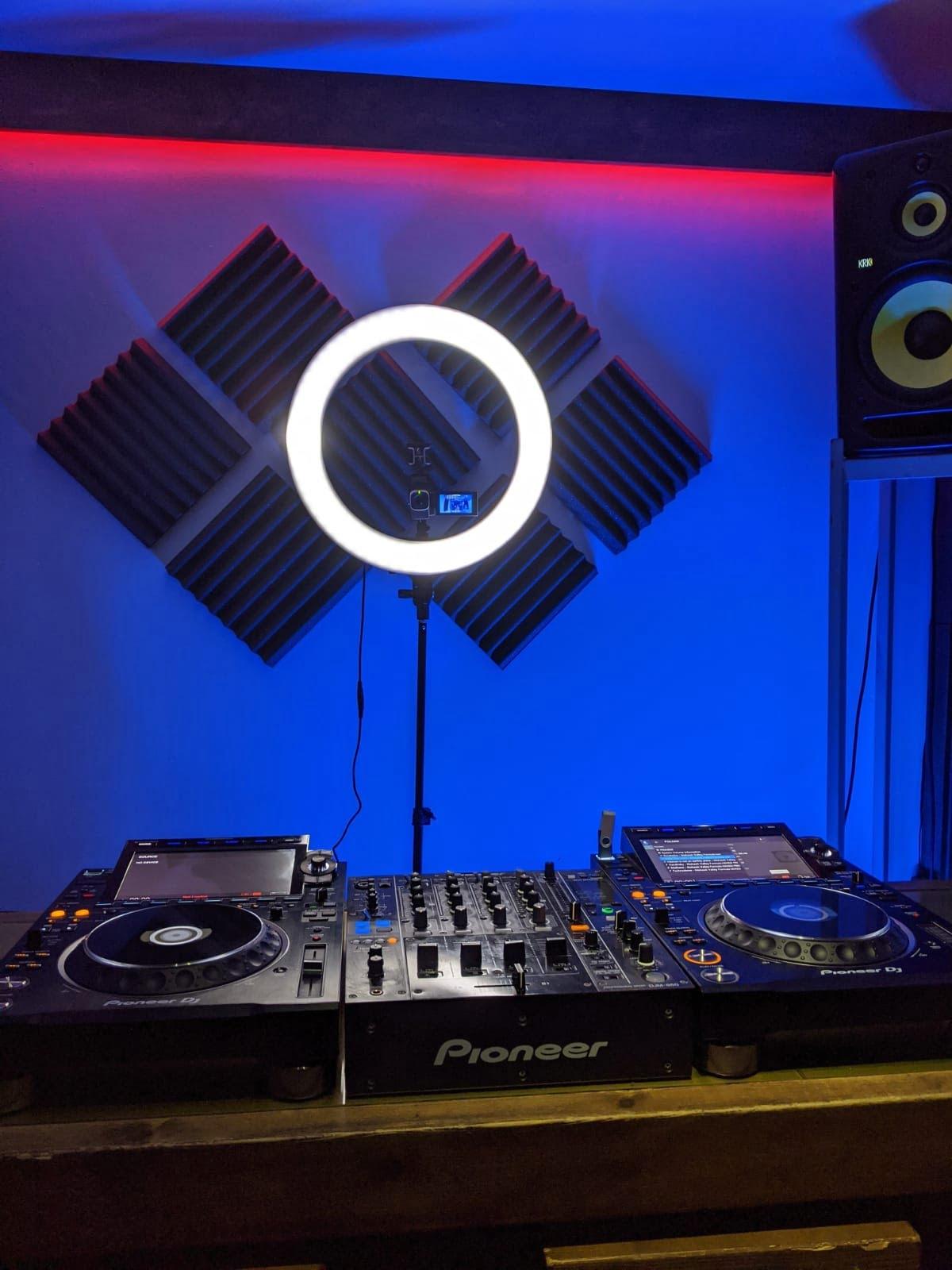 Video your DJ Set