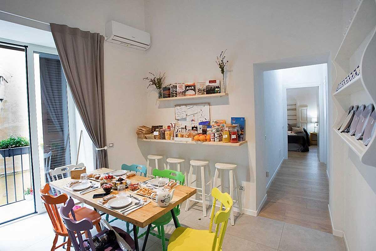Quartino Napoletano Bed and Breakfast Napoli centro storico (colazione)