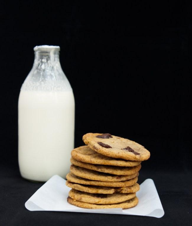BrownieChunkCookies_Milk