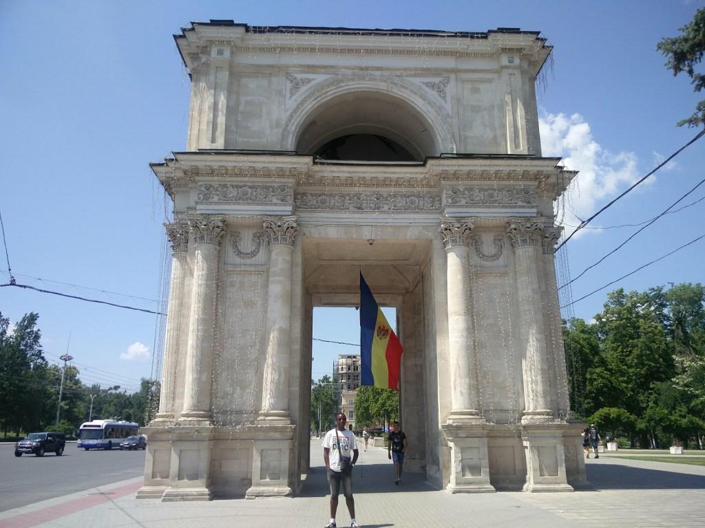 arc de triomple chisinau moldova