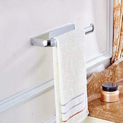 Privilégier les portes serviettes aux crochets