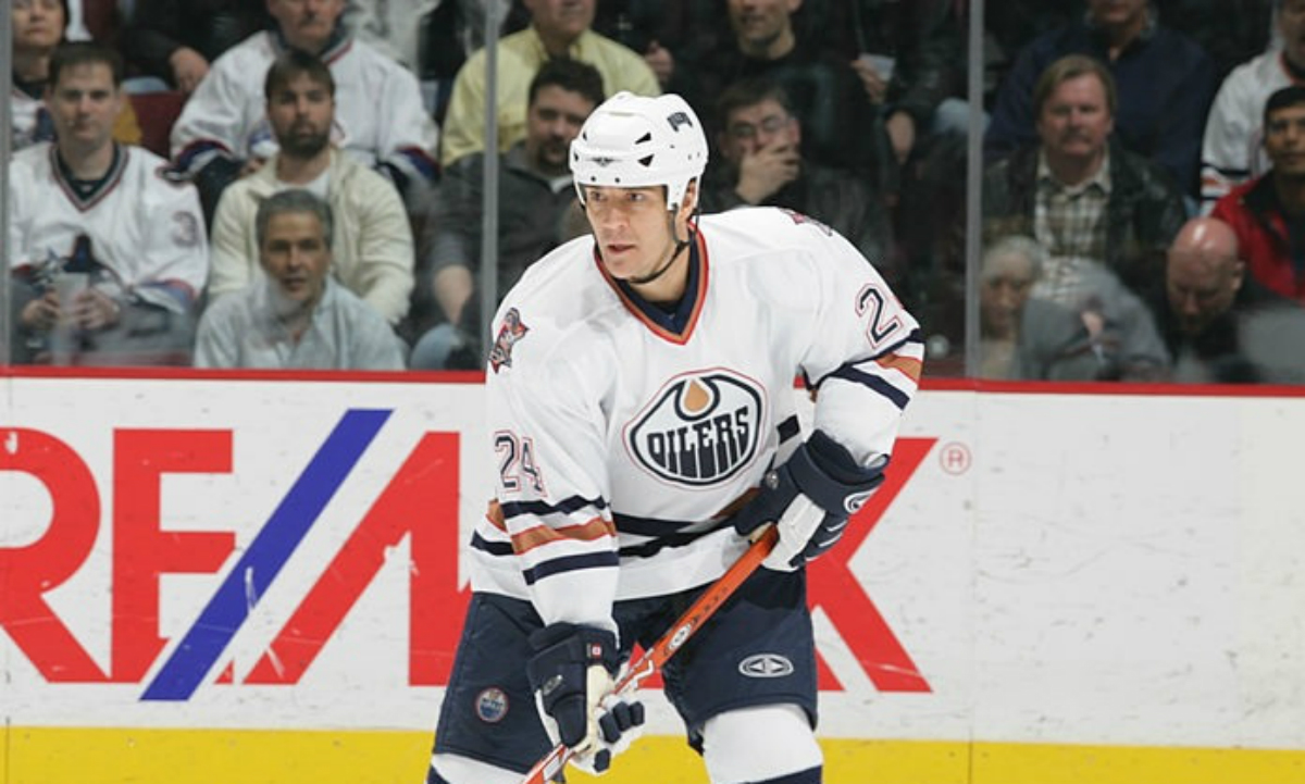 Five Possible Defenceman To Join Oilers Alumni Roster - Beer League ... 85ec3bb21