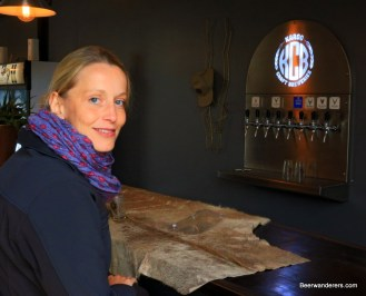 blond and beer taps