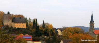 castle and church thuisbrunn