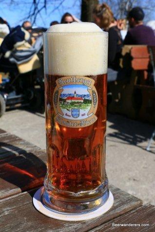 beer in mug with big head