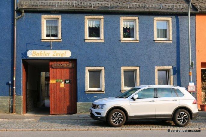 front of Bahler Zoiglstube