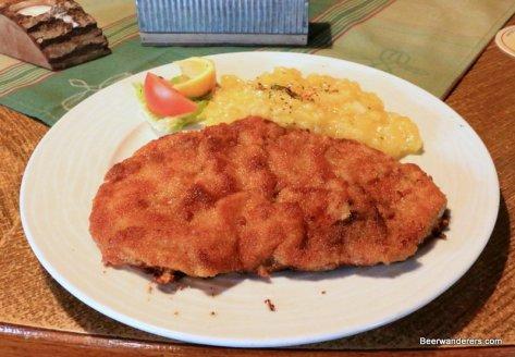 Schnitzel & potato salad