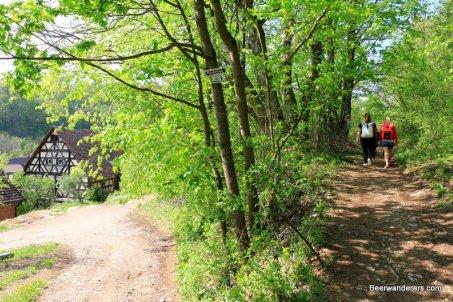 girls on trail
