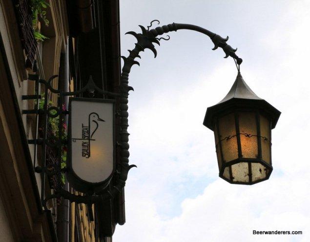pub lamp sign