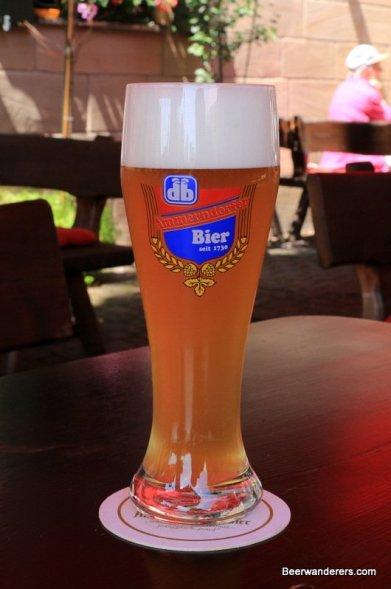 weissbier in logo glass