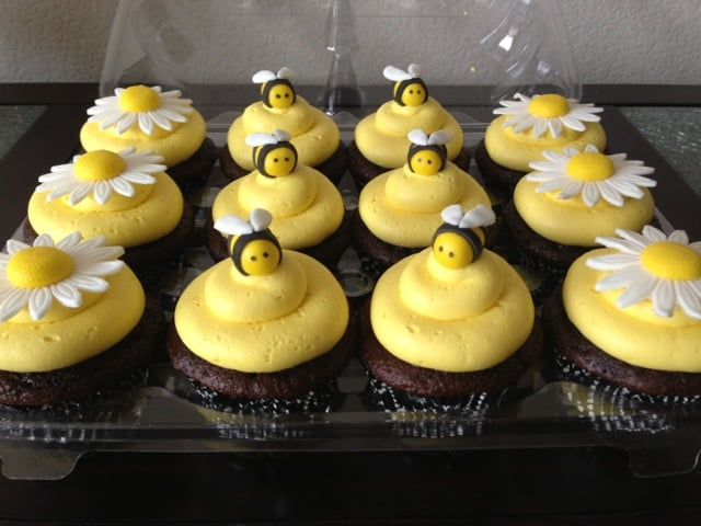 Bumble Bee The Sweet Themed For Your Baby Shower Ideas