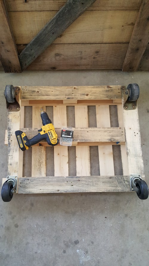 Rustic Vintage Barn Door Coffee Table DIY Dewalt Tools