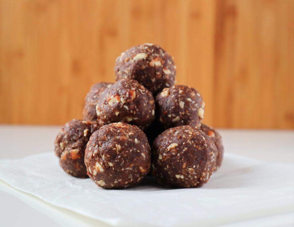 mocha almond energy balls